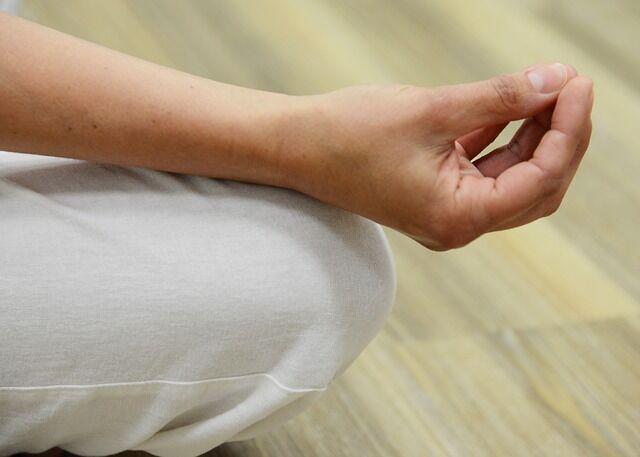 la méditation aide à faire disparaître l'eczéma